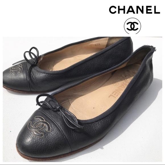bf0ce11ab46 CHANEL Shoes - CHANEL black flats Shoes 35 1 2 cc logo authentic